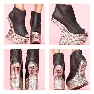 Jeffrey Campbell Tick Peep Toe Heel - Size 8M